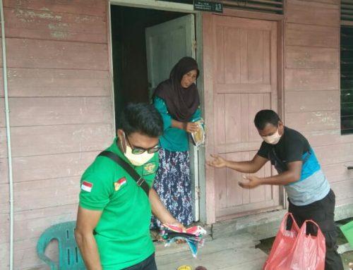 Bantu Warga Tangkal Covid-19, Bantuan Masker Dibagikan Ormas Laskar Hulubalang Melayu Riau (LMHR)