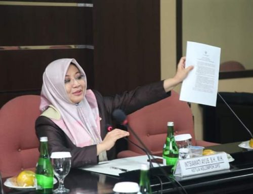 Soal Haji, Intsiawati Ayus : Jangan Bebani Resiko Pembatalan Keberangkatan Kepada Jamaah